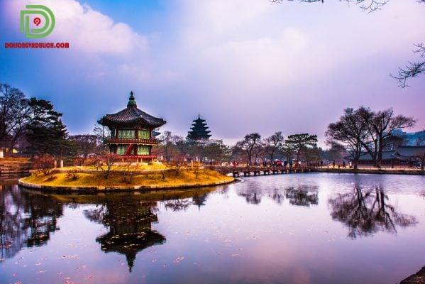 Khung cảnh cung điện gyeongbokgung