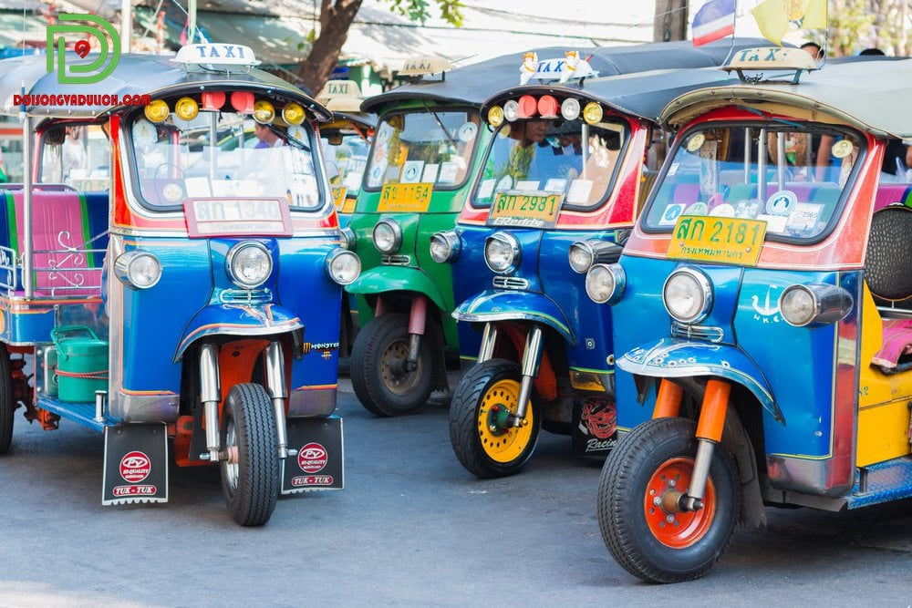 Những chiếc xe tuk tuk Thái Lan