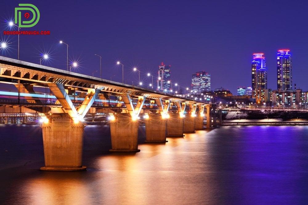 sông Hàn vào ban đêm