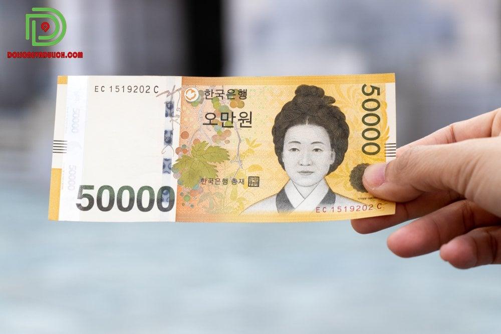 Tiền giấy 50,000 won