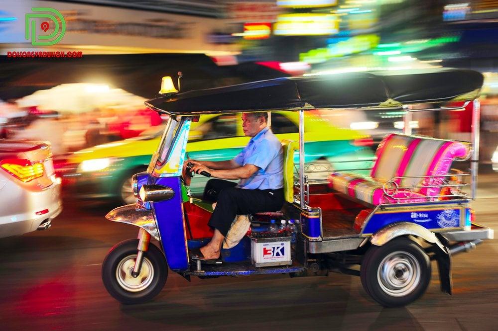 Tuk tuk Thái Lan