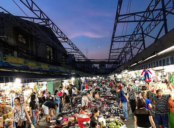 chợ Cồn về đêm