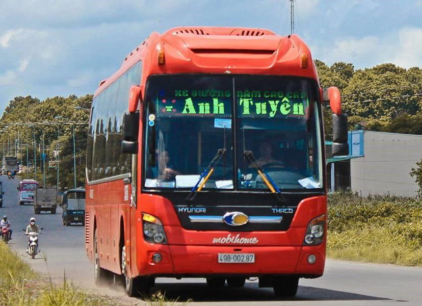 Xe khách Anh Tuyên